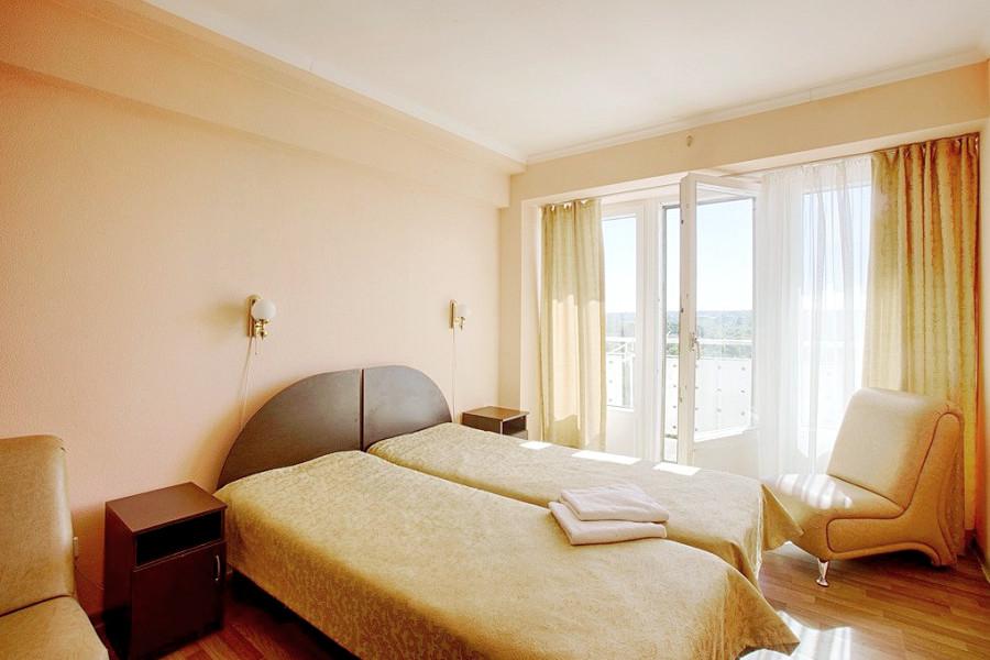 Улучшенный двухместный номер дома отдыха Питиус, Пицунда, Абхазия