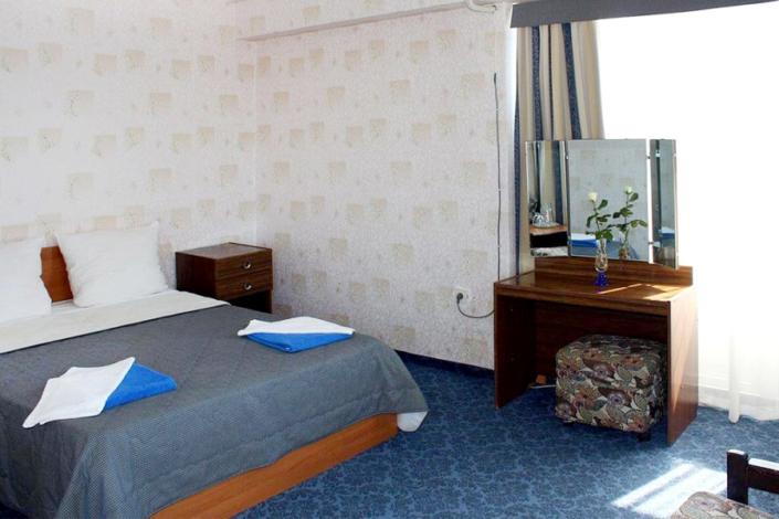 Полулюкс двухместный дома отдыха Питиус, Пицунда, Абхазия