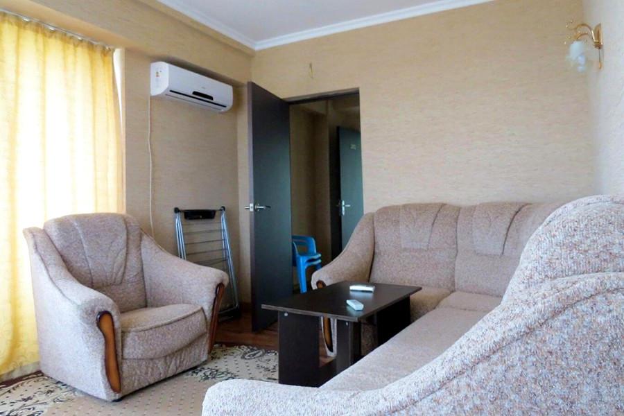 Люкс Улучшенный двухместный двухкомнатный дома отдыха Питиус, Пицунда, Абхазия