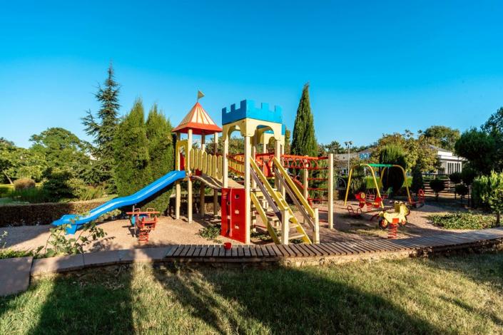 Детская площадка пансионата Планета