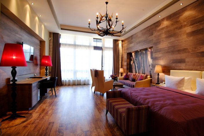 Номер Полулюкс гостиничного комплекса Поляна 1389 Отель и Спа, Красная Поляна, Сочи