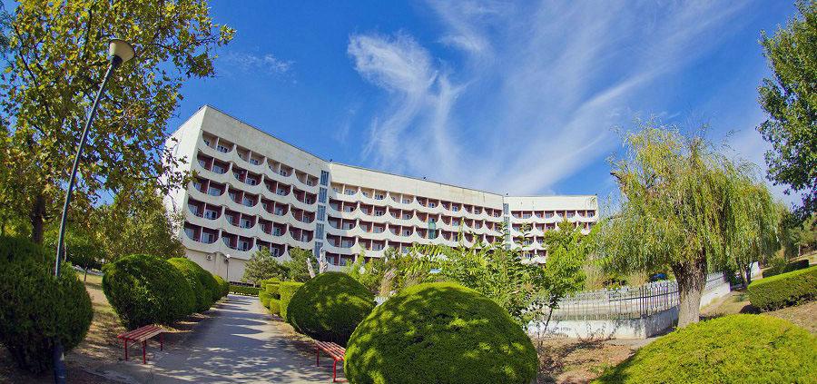 Главный корпус санатория «Приморье», Евпатория, Крым