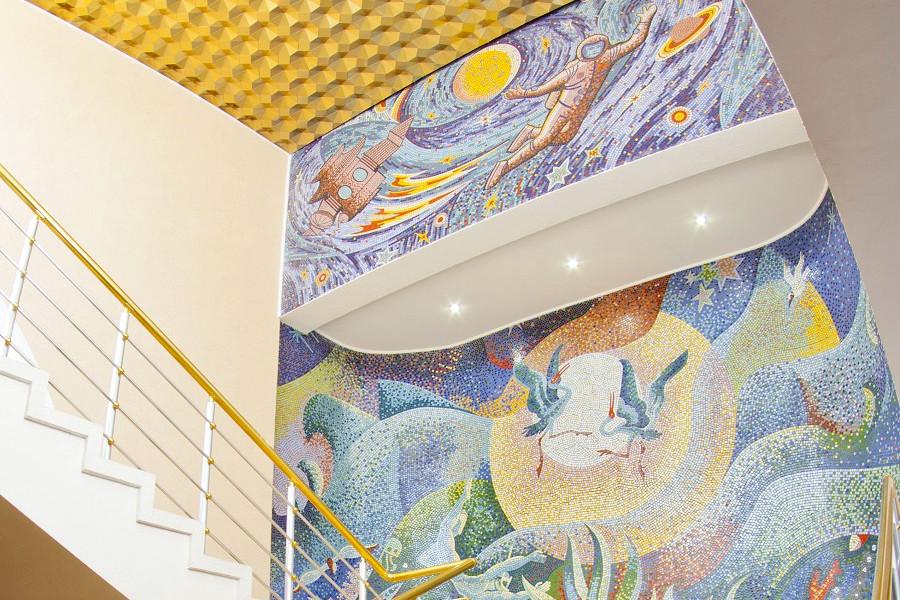 Мозаика в холле Главного корпуса санатория Приморский
