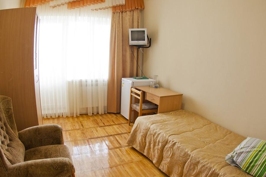 Улучшенный одноместный номер в Главном корпусе санатория Приморский