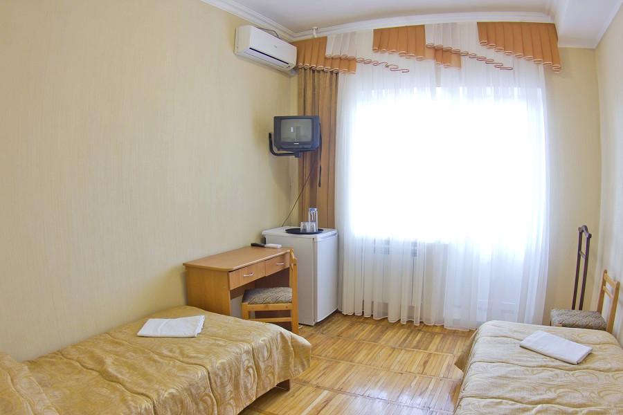 Улучшенный двухместный в Главном корпусе санатория Приморский