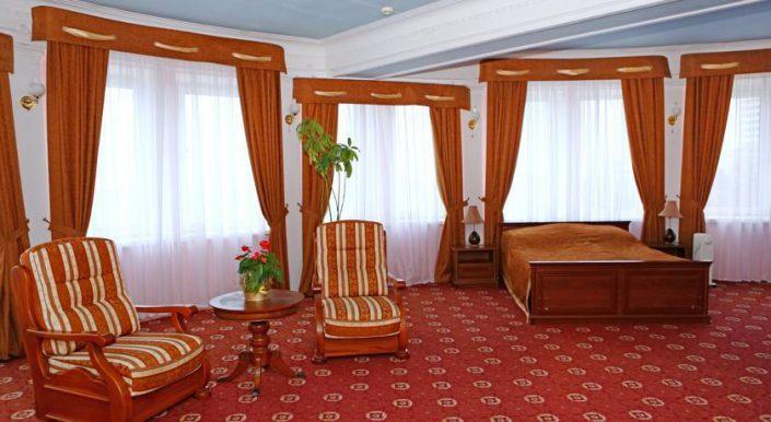 Джуниор-Сюит двухместный однокомнатный (С2ВМ1) гостиницы Приморская