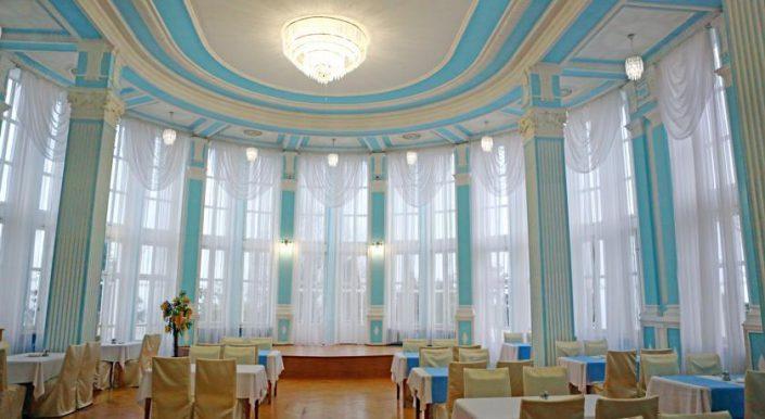 Ресторан гостиницы Приморская