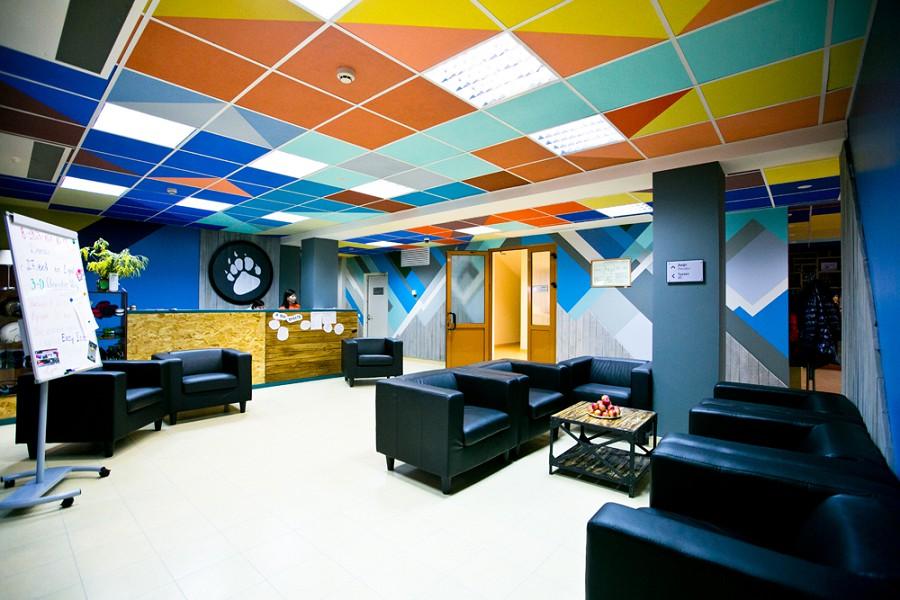 Холл отеля Приют Панды