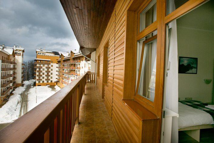 Балкон двухместного номера отеля Приют Панды