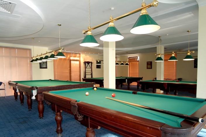 Бильярдная отеля Прометей клуб