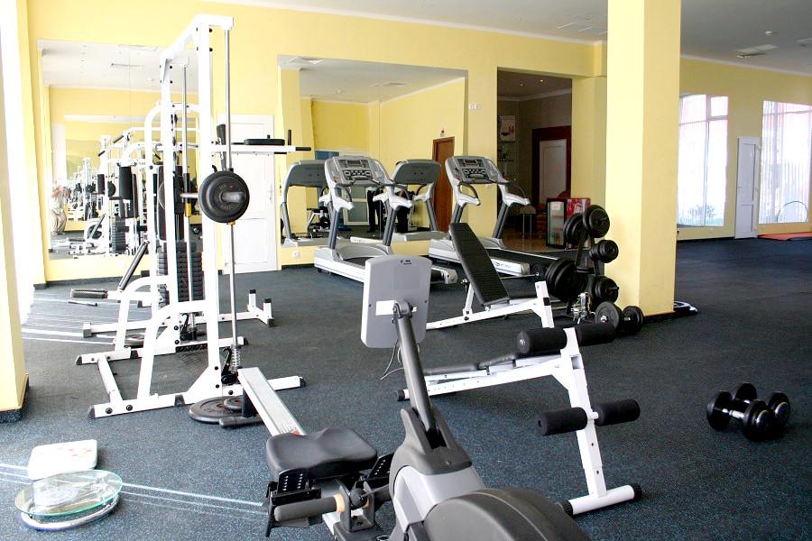 Тренажерный зал отеля Прометей клуб