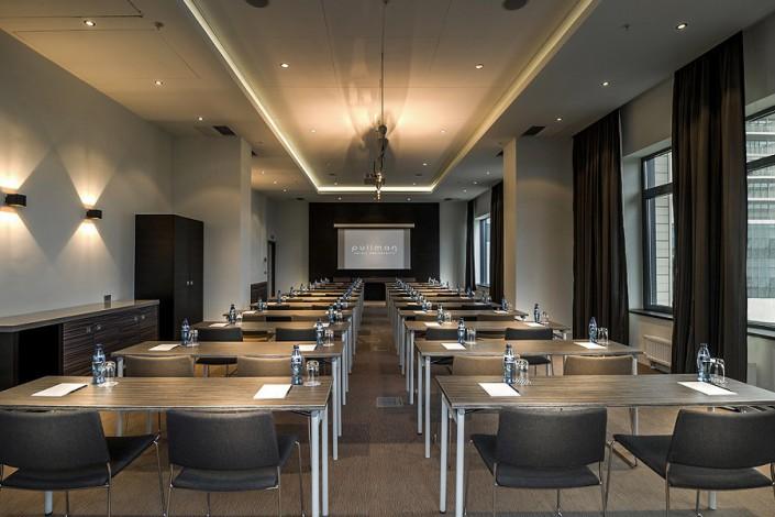 Зал Cypress отеля Pullman Sochi Centre, расстановка классом