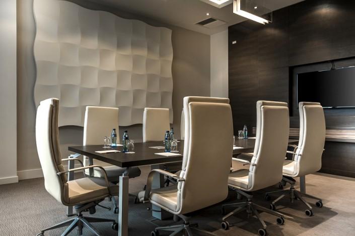 Переговорная комната Cyclaмen отеля Pullman Sochi Centre