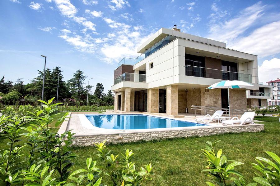 Вилла восьмиместная с бассейном отеля Radisson Collection Paradise Resort & Spa, Сочи