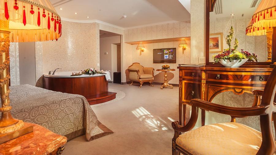 Казанова Radisson Lazurnaya Hotel Sochi
