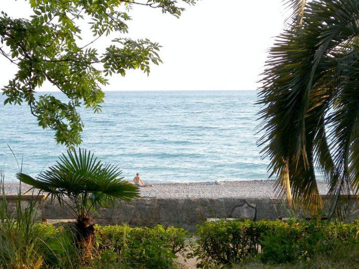 Пляж у отеля Райда