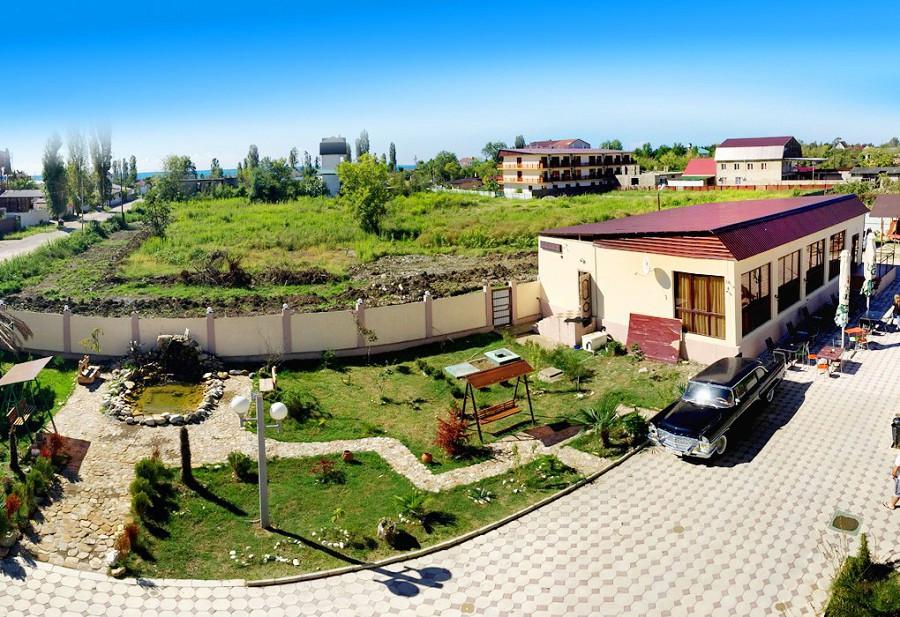 Территория гостиницы Резиденция Апсны