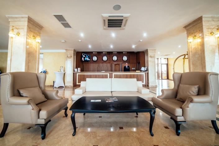Холл отеля Ribera Resort & Spa