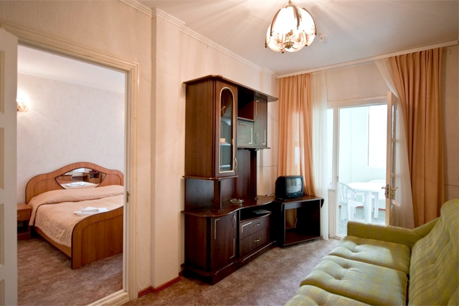 Стандарт двухместный двухкомнатный Ripario Hotel Group