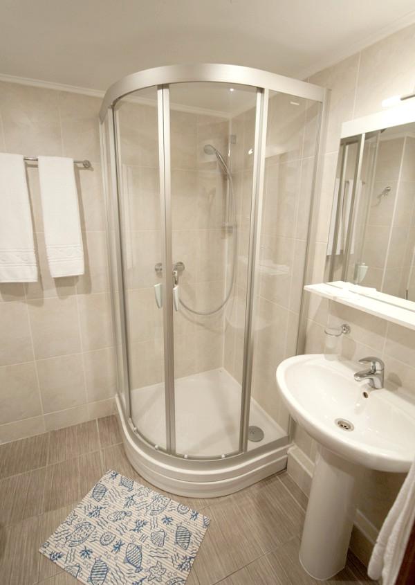 Туалетная комната номера Комфорт в Корпусе Модерн Ripario Hotel Group