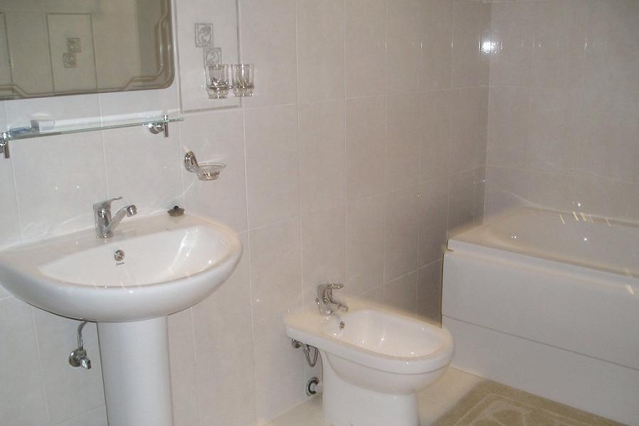 Туалетная комната номера Люкс отеля Рица