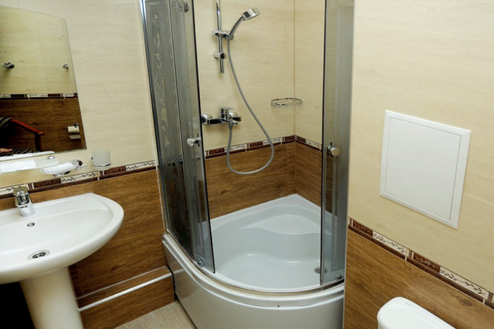 Туалетная комната номера Стандарт Эконом в отеле Ritsk