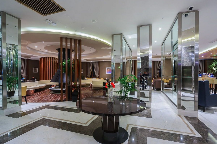 Холл отеля Rixos Krasnaya Polyana Sochi