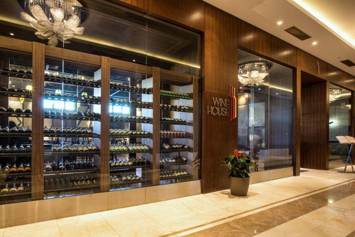 Ресторан Wine House отеля Rixos Krasnaya Polyana Sochi