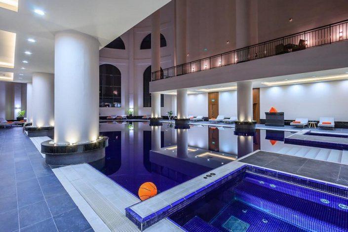 Бассейн спа-комплекса отеля Rixos Krasnaya Polyana Sochi
