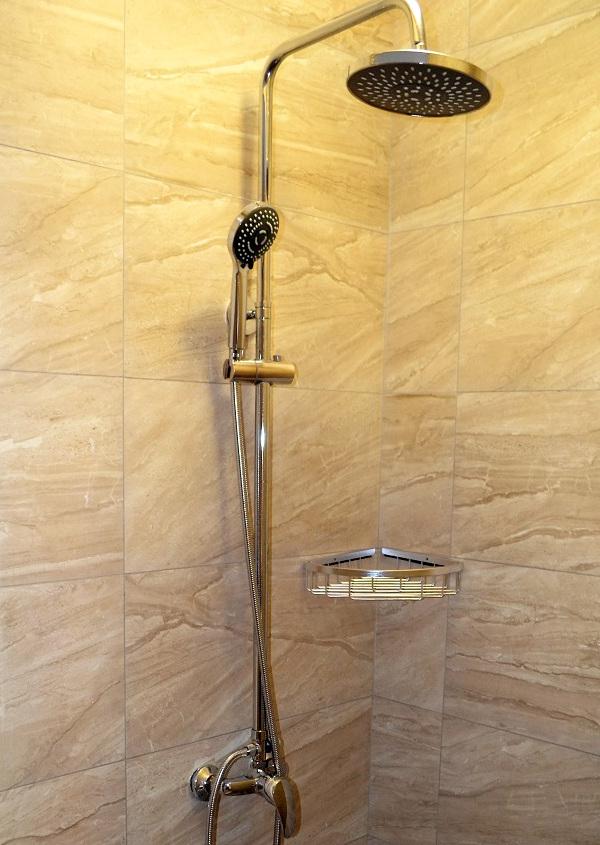 Туалетная комната Стандартного номера в Корпусе 1 отеля Родина, Новый Афон