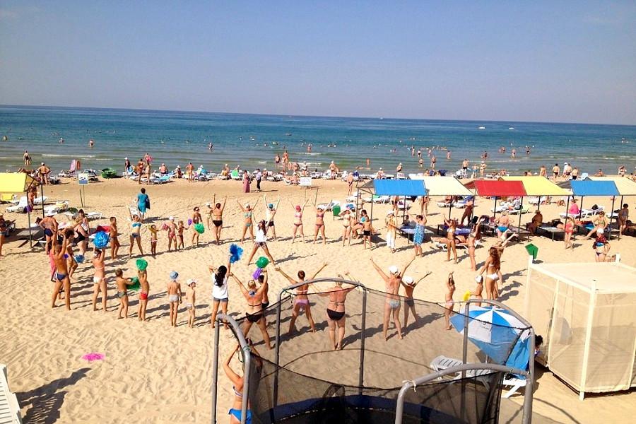 Пляж санатория Родник