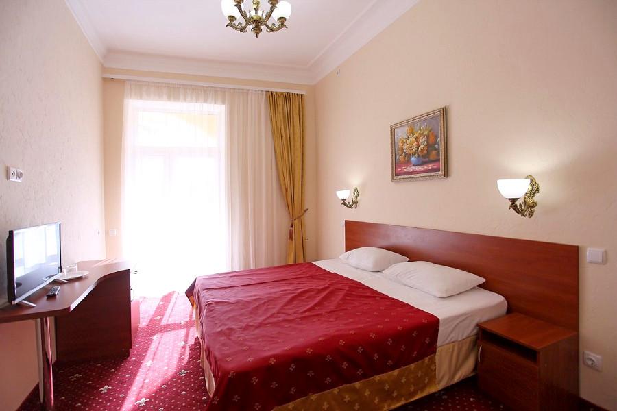 Стандарт двухместный парк-отеля Романова