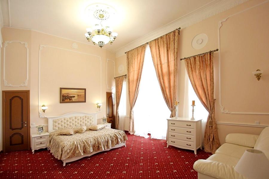 Люкс Романова двухместный парк-отеля Романова
