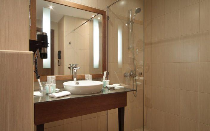 Туалетная комната номера Комфорт отеля Rosa Springs