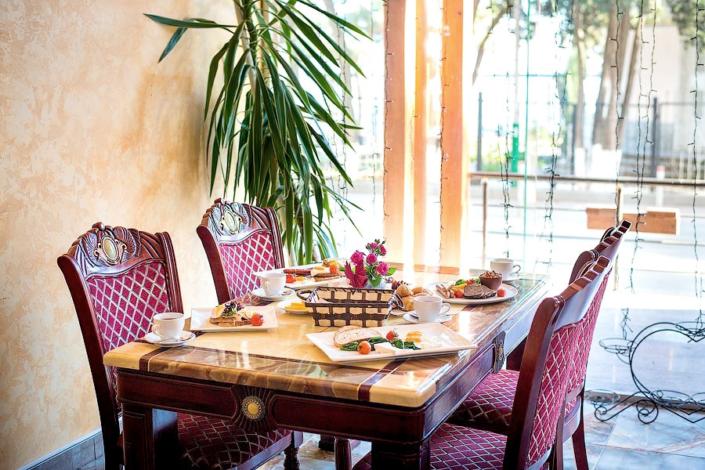 Ресторан отеля Россия в Алуште
