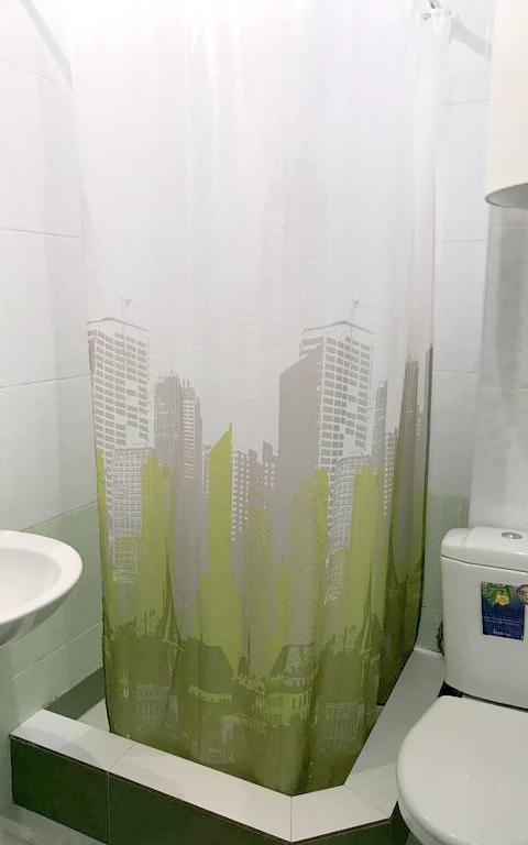 Туалетная комната Стандартного номера гостиницы Руслан