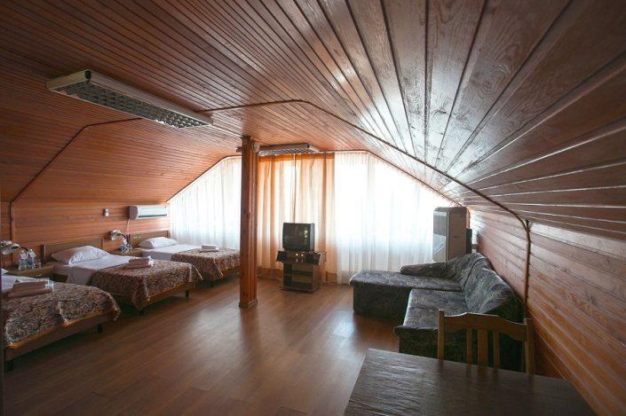 Стандартный номер в мансарде коттеджа спа-отеля Русский дом Дивный 43°39°, Сочи