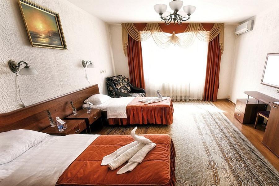 Семейный номер в коттедже спа-отеля Русский дом Дивный 43°39°, Сочи