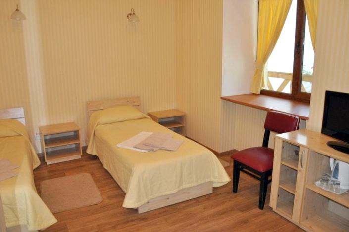 Комфорт трехместный в корпусе Восточный санатория Саки