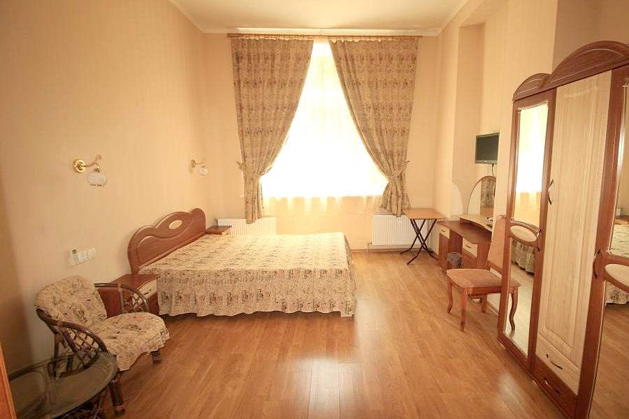 Апартаменты двухместные в корпусе Парковый санатория Саки