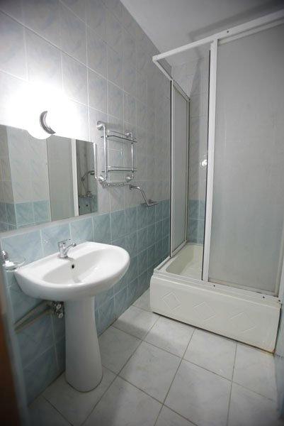 Туалетная комната Стандартного номера отеля Самшит, Очамчыра, Абхазия