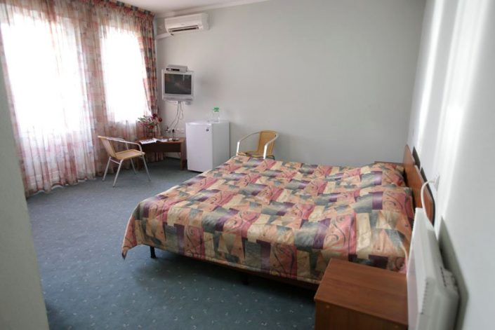 Номер Полулюкс двухместный отеля Самшит, Очамчыра, Абхазия