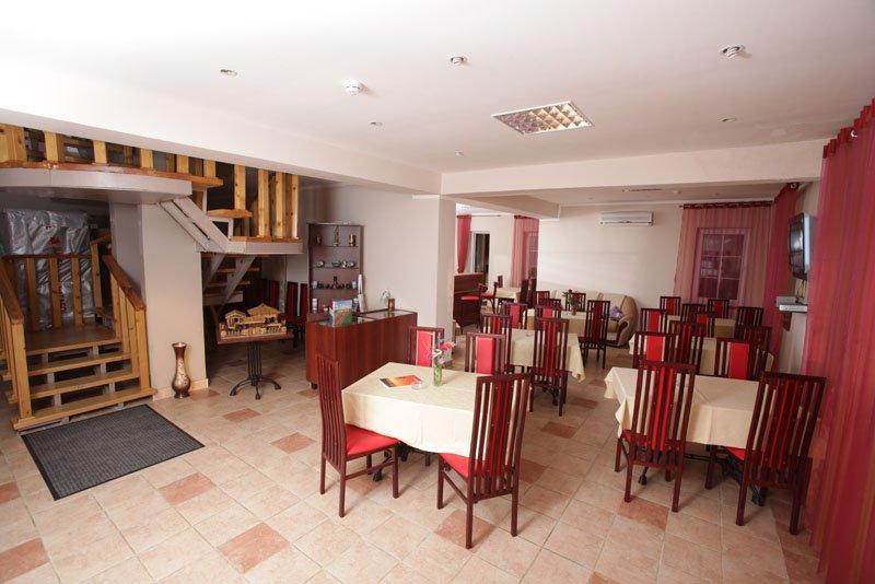 Ресторан отеля Самшит, Очамчыра, Абхазия