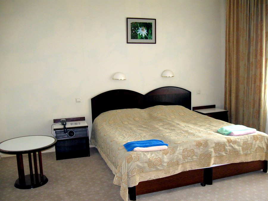 Полулюкс 2-х комнатный в пансионате Самшитовая роща