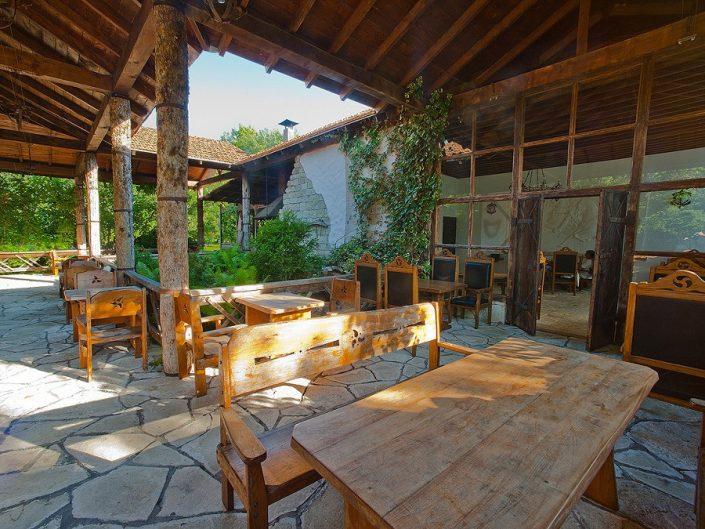 Кафе на территории пансионата Самшитовая роща, Пицунда, Абхазия