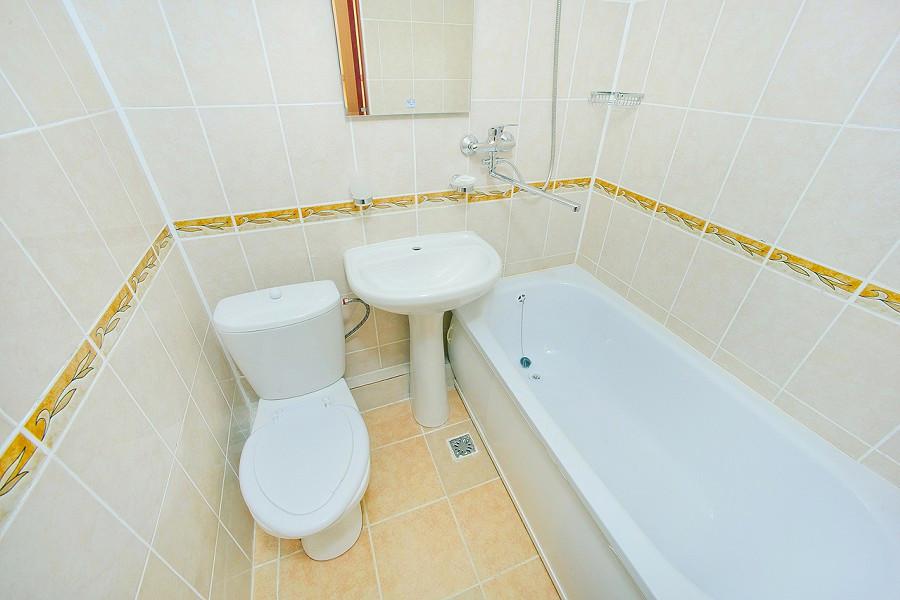 Туалетная комната Стандартного номера пансионата Сан-Марина