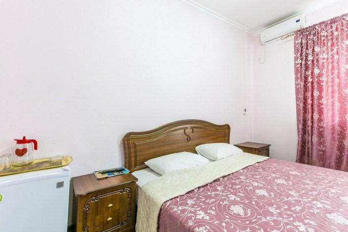 Стандартный номер отеля San-Siro, Гудаута, Абхазия