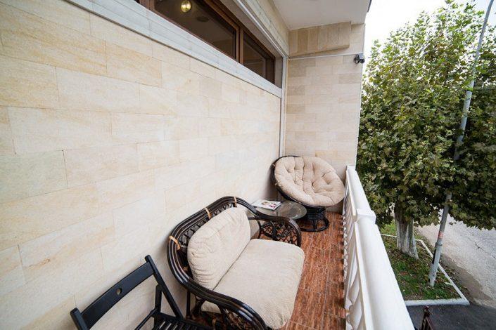 Балкон номера Люкс отеля San-Siro, Гудаута, Абхазия