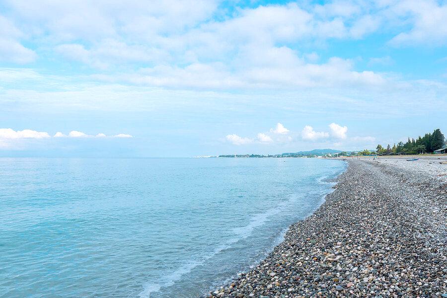 Пляж поселка Цандрипш, Абхазия
