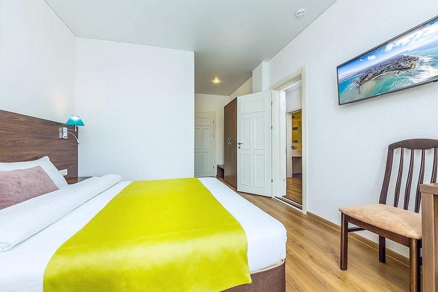 Стандартный двухместный номер отеля Sea Breeze Resort